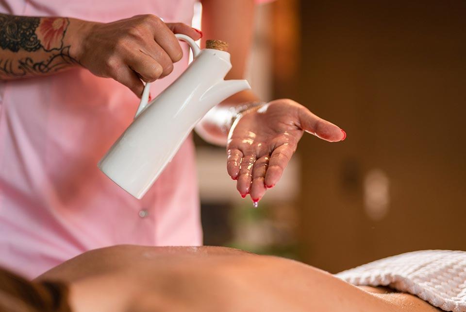 JazzCT Aromatherapy Massage